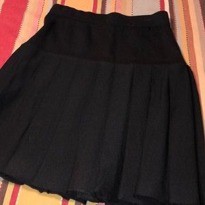 St. John pleated knit skirt